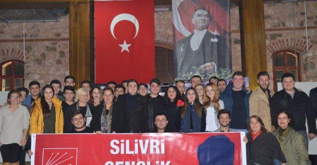 CHP'li Gençler Adalet ve Demokrasi Şehitlerini Andı...