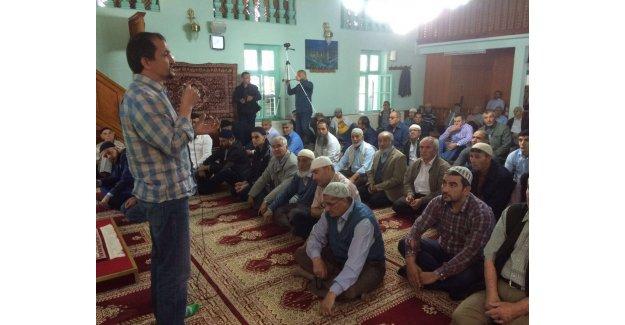 Zafer Ercan Camilerde Uyuşturucu Eğitimi Veriyor...