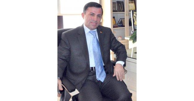 """Hüseyin Turan: """"Belediye Başkanı Yanına Tavşan Alsın"""""""