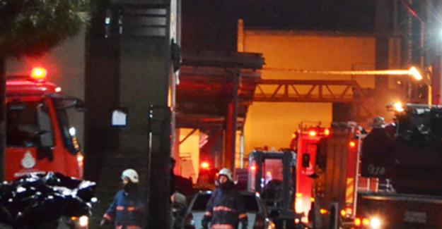 Silivri'de Fabrika Yangını...