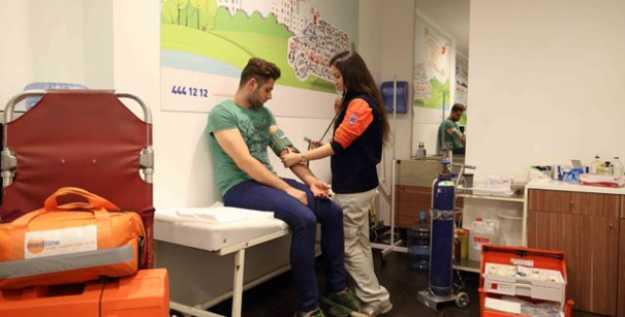 Silivri'deki AVM'lerde Acil Sağlık Üniteleri Kuruldu…