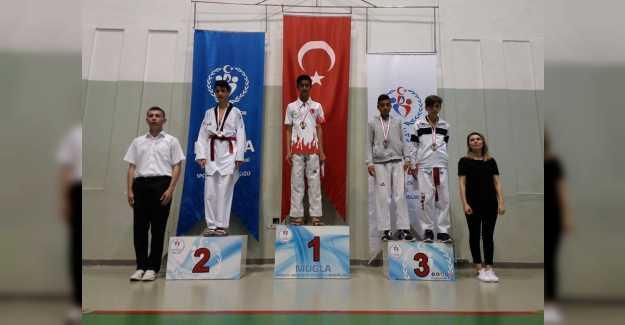 Türkiye 3. sü Erel Spor Kulübünden...