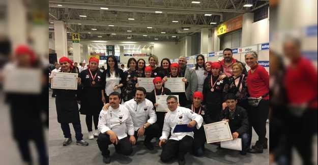 7 Yarışmacı 7 Altın Madalya Kazandı...