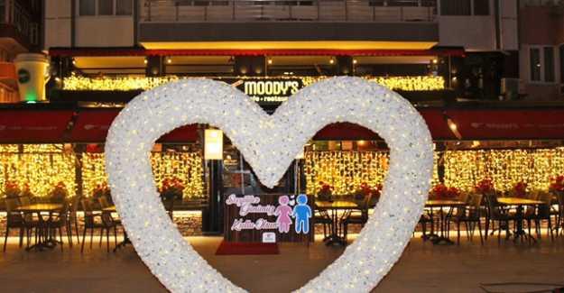 Moody's Cafe ve Restoran'dan Sevgililer Gününe Özel İkramlar...
