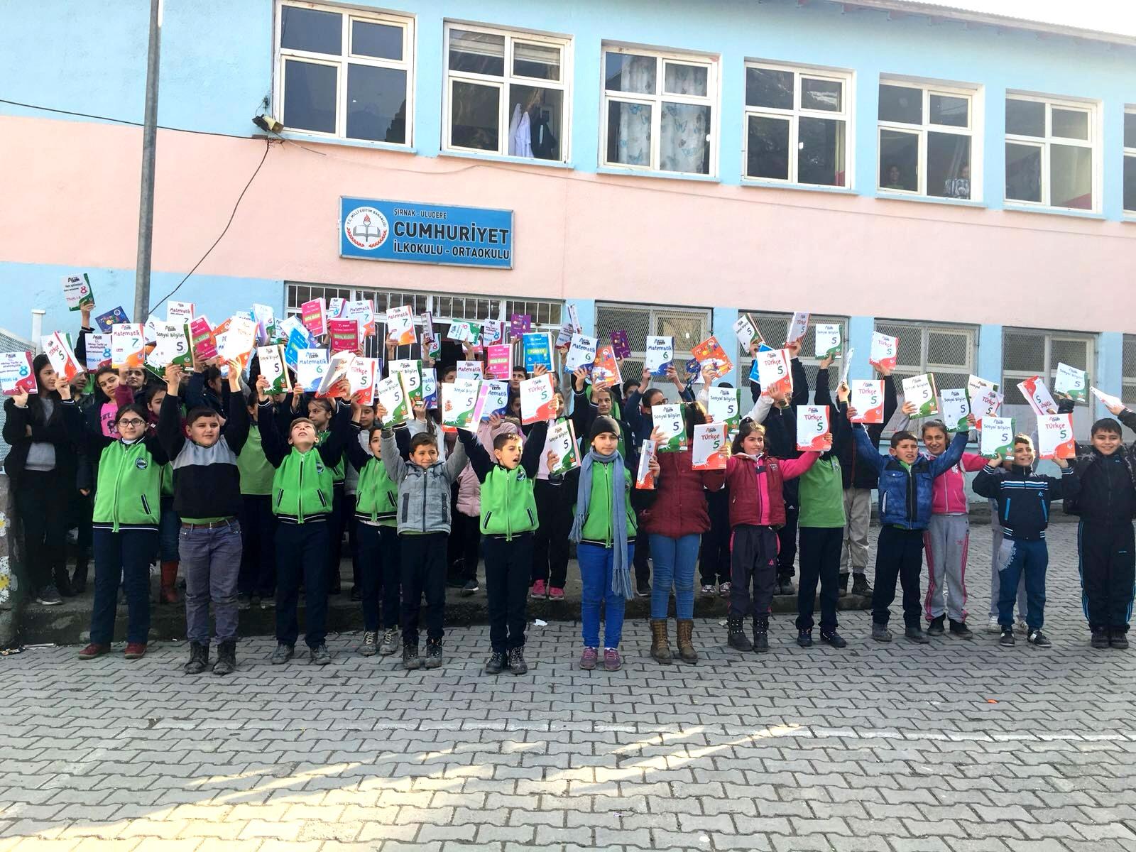 Mektebim Öğrencileri Uludere'ye Kucak Açtı...