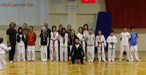Türkiye Şampiyonasında Madalyanız Bol Olsun...