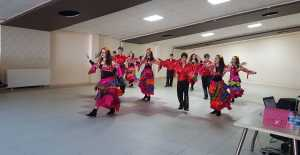 Bigados Halk Oyunları Bayram Morali Verdi…