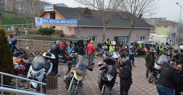 Motosiklet Kulübünden Örnek Davranış...