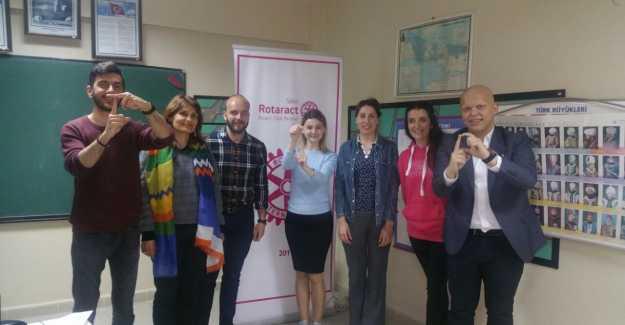Silivri Rotaract Bir İlke İmza Attı...