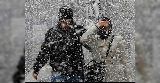 Silivri'de Kar Saat Kaçta Yağacak?