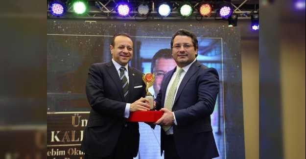 Ümit Kalko Yılın Eğitimcisi ve Altın Adamı Seçildi...