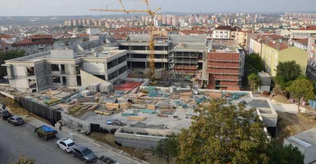 İstanbul'un En Büyük Okulu Silivri'de Yükseliyor...