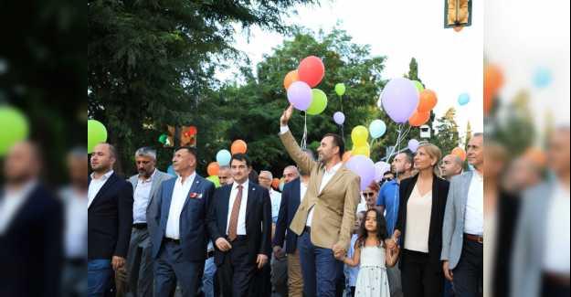 YOĞURT FESTİVALİ'NE RENKLİ KORTEJ