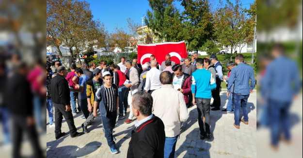"""BAŞKAN YILMAZ: """"25 BİN TÜRK BAYRAĞI DAĞITTIK"""""""