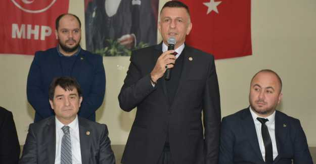 MİLLİYETÇİ HAREKET PARTİSİ BÜYÜKÇAVUŞLU'YA ÇIKARTMA YAPTI...