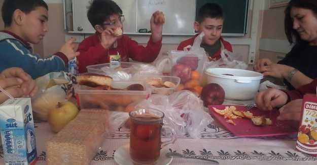 Çağrıbey Ortaokulundan ÖZEL Kutlama…