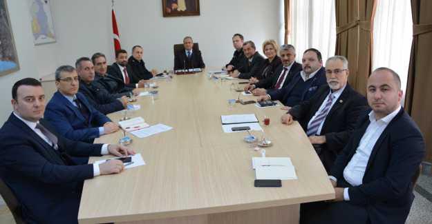 Kaymakam Ali Partal Siyasi Parti İlçe Başkanları Toplantısı Yaptı…