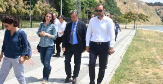 BOŞNAK BAHÇE'DE YENİLEME BAŞLADI...