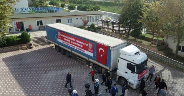 SİLİVRİ'DEN İZMİR'E İKİNCİ YARDIM TIR'I YOLA ÇIKTI